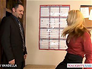 wondrous Sarah Vandella gives oral bang-out