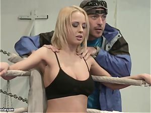 Mandy Dee had a cat fight with a nasty superslut
