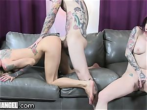 huge-boobed inked mummy Cams With Joanna Angel