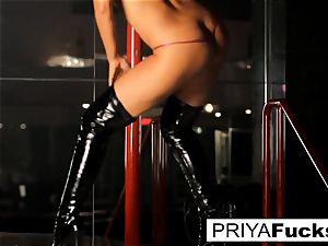 strip club performance by Indian hottie Priya Rai