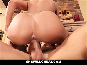 hotwife hubby witnesses Wifes puss Get wrecked