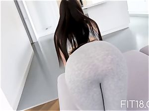 super-hot female in yoga pants gets humped