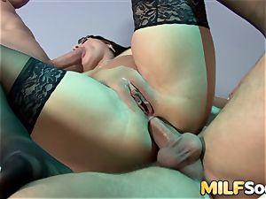 magnificent mummy Chantel Ferrera deep throats two rigid pricks before anal and dp