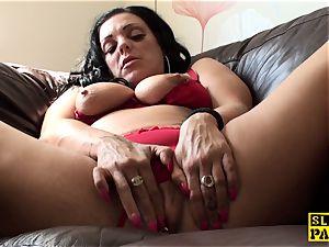 tugging uk skank frolicking her moist poon