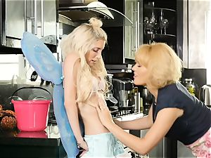 Halloween vagina munching with Krissy Lynn and Piper Perri