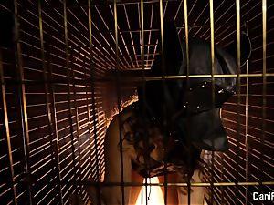Dog cage mega-slut Dani Daniels