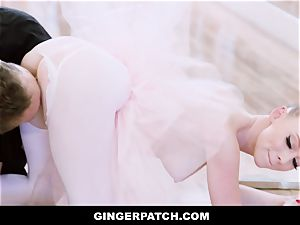 GingerPatch - red-haired Ballerina riding Judges massive trunk