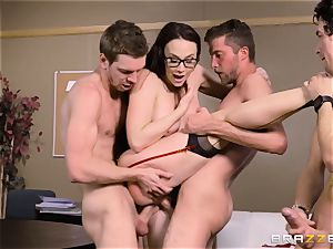 Chanel Preston torn up in every hole